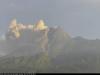 인도네시아 므라피화산 사흘 연속 분화…3㎞ 화산재 뿜어