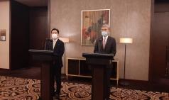 """성 김 """"미국, 북한에 적대 의도 없다…종전선언 구상 긴밀 소통"""""""